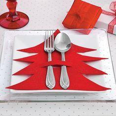 Easy glitter felt silverware holders for a holiday dinner
