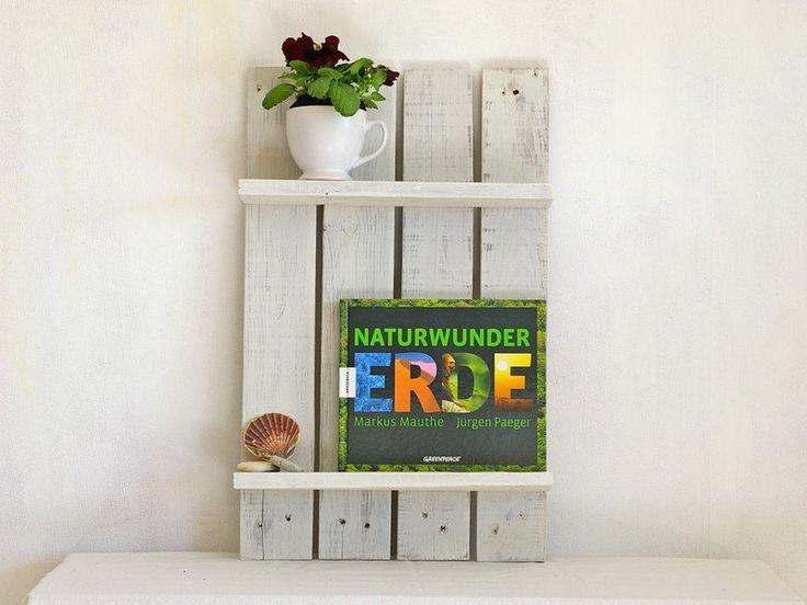 Küchenregale - Regal aus Palettenholz,weiß,shabby chic, Badregal - ein Designerstück von SchlueterKunstundDesign bei DaWanda