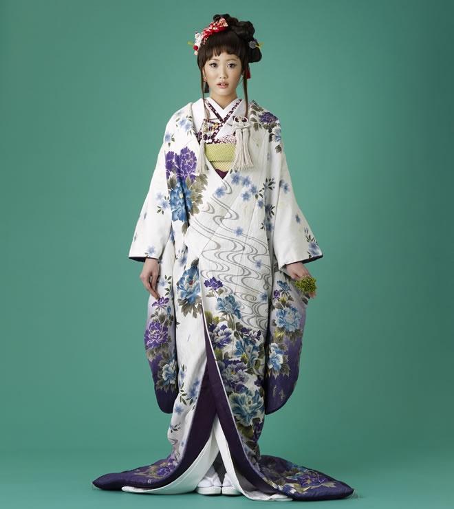 白/紫 流水に花かご(色打掛)