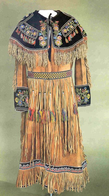 The 25+ best Native american fashion ideas on Pinterest ...