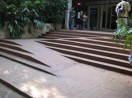 Resultado de imagem para norma para patamar de escada