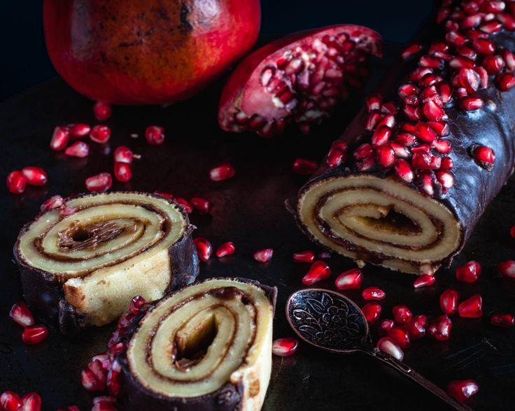 chocolate pomegranate cake roll