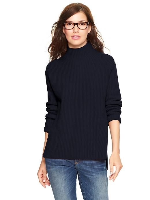 Every morning, my instinct is to put this on. Gap Turtleneck Sweater.: Glasses, Turtleneck Sweaters, Clothing, Fashion Simplicity, Black Turtleneck, Gap Turtleneck, Turtleneck Outfit, Outfit Gap, Jeans Cans T