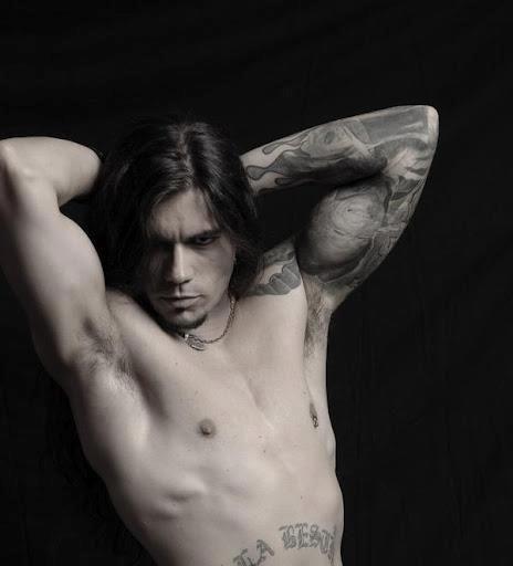 So serious.: Eye Candy, Hot Stuff, Ass Men, Leo Jimenez, Long Hair, Long Locks, Hot Ass, Hot Guys, Leo Jiménez