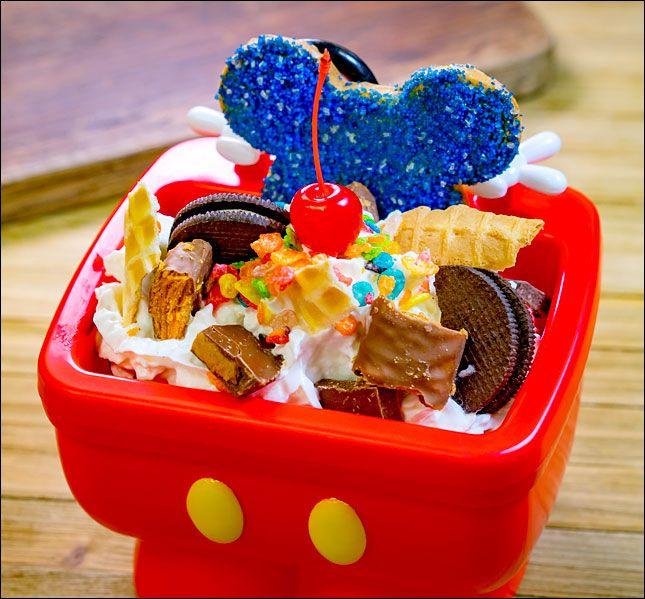 Mickey Mouse Kitchen Sink Sundae Disneyland Icecreamsundae Disneytreats Mickeyshaped Disney Treats Popcorn Bucket Yummy Treats