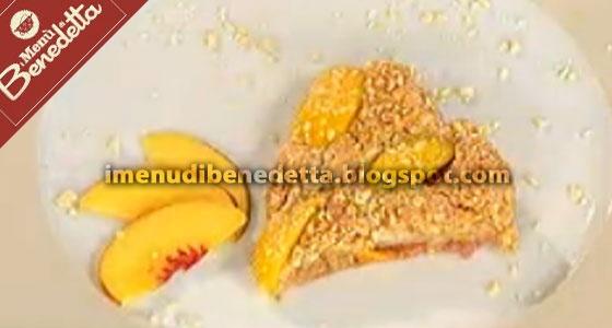 Torta Amaretti e Pesche | la ricetta di I Menu di Benedetta