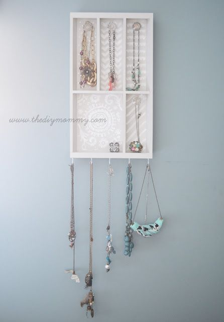 IKEA Hackers: Pretty Jewelry Holder from Wooden Cutlery Tray