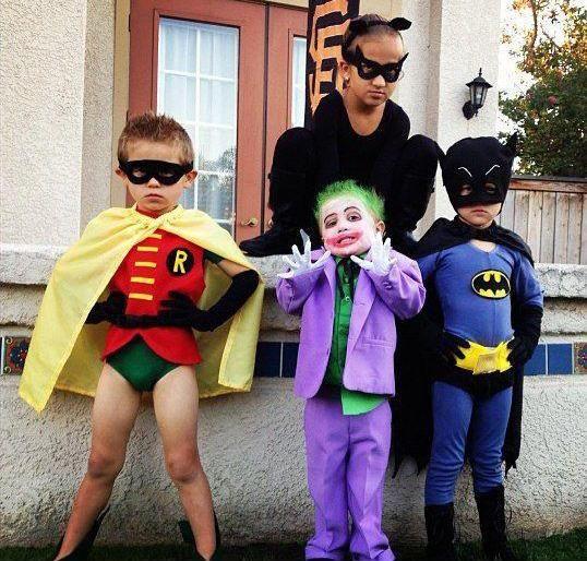 Batman Costumes For Kids | Costumepedia.com