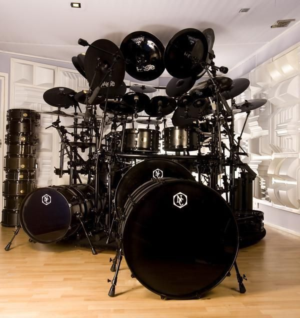 Stealth mode with black drums, black hardware, black cymbals