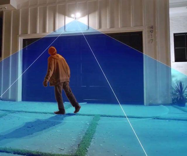 Motion Sensing Floodlight Security Cam - http://tiwib.co/motion-sensing-floodlight-security-cam/ #HomeSecurity