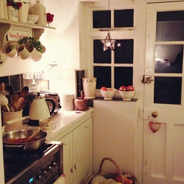 .@Clara ~ Found & Favour festive kitchen