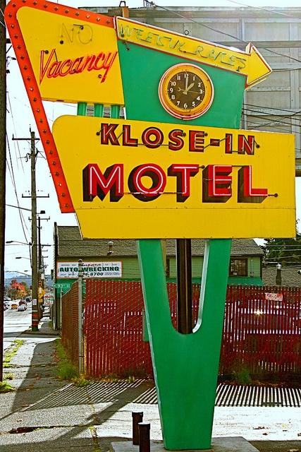 Klose-In Motel, Aurora Avenue North, Seattle (Highway 99) by Curtis Cronn, via Flickr