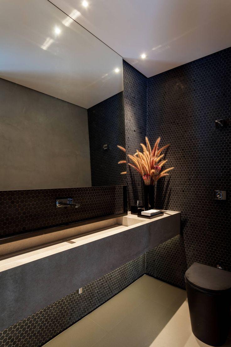 Casa em Itu: Banheiros Minimalista por Consuelo Jorge Arquitetos