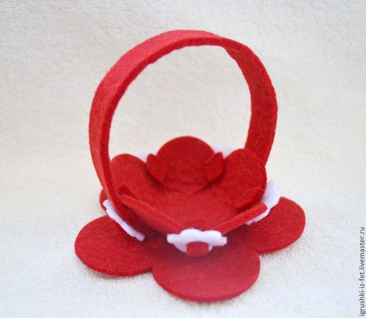 Корзинки из фетра - ярко-красный,Пасха,пасхальный сувенир,сувенир на Пасху