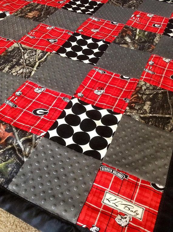 Georgia Bulldogs Real tree Camo Blanket by KLBaby on Etsy, $50.00