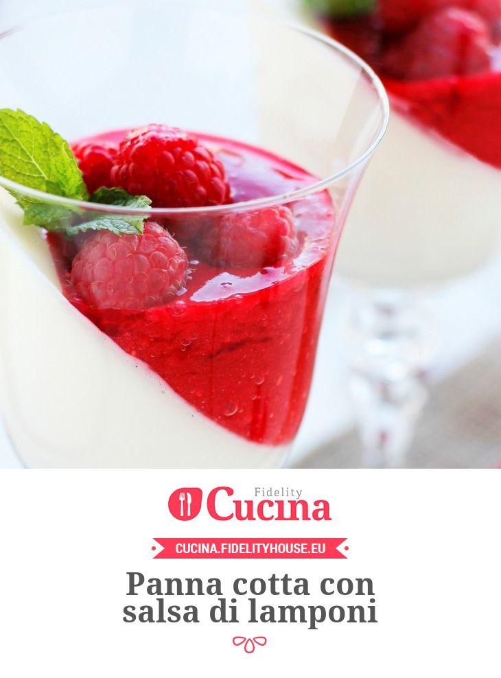 Panna cotta con salsa di #lamponi della nostra utente Paola. Unisciti alla nostra Community ed invia le tue ricette!