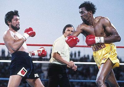 The Hit Man in his best ever win - the 2 round destruction of Roberto Duran. Good argument that he was at his best at light middleweight. Undefeated, wins over Benitez, Duran and 2 #1 ranked contenders.