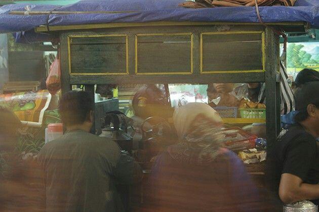 Makan malam berdua di angkringan (angkringanwarta.com) #jala_rasa #ngelancon