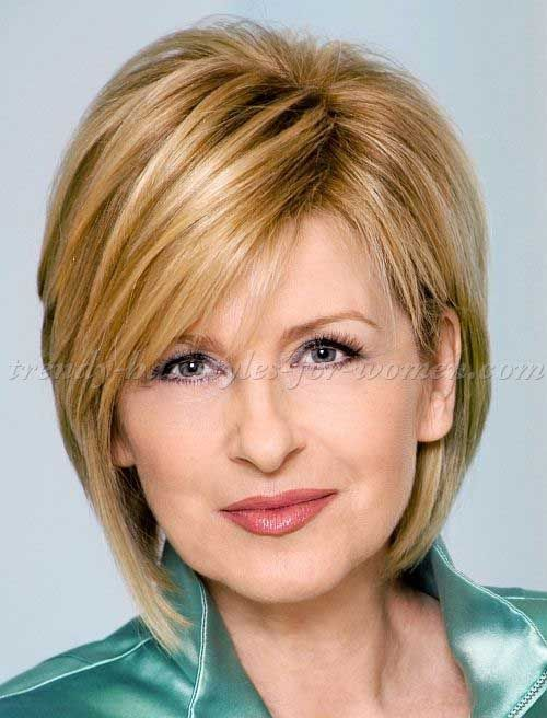 18.Short Hair Style For Over 50