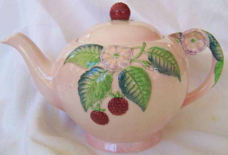 Carlton Ware Raspberry teapot large 1936