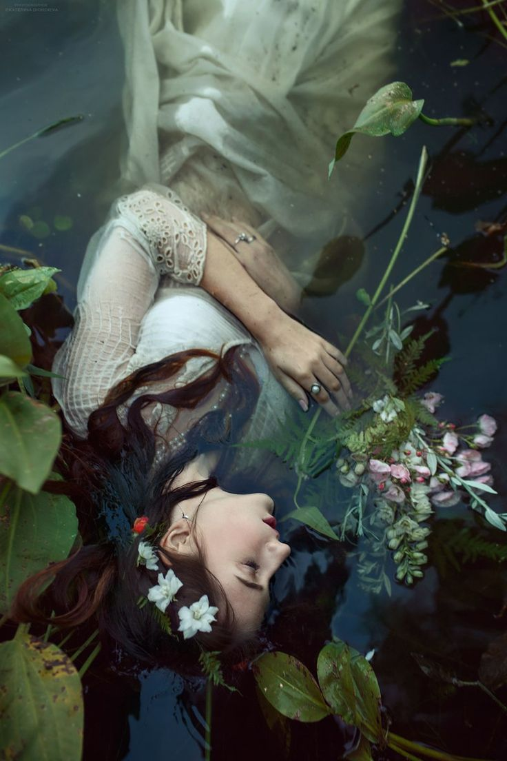 Ophelia  #winter #hat #white #snow #girl #makeup #Fox #Russian #beauty #freckles #spring #summer #portrait #beautiful #red #hair #natural #beauty #without #makeup #stunning #view #magic #witch #forest #night #Halloween #ophelia #water #river #Princess #rococo #qween #flowers #flower