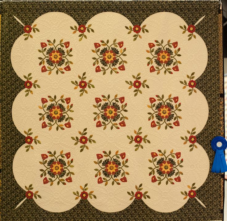 "Traditional quilts - 2nd prize  Sandie Lush  ""Whig Rose""  Winterbourne, Bristol, Verenigd Koninkrijk"