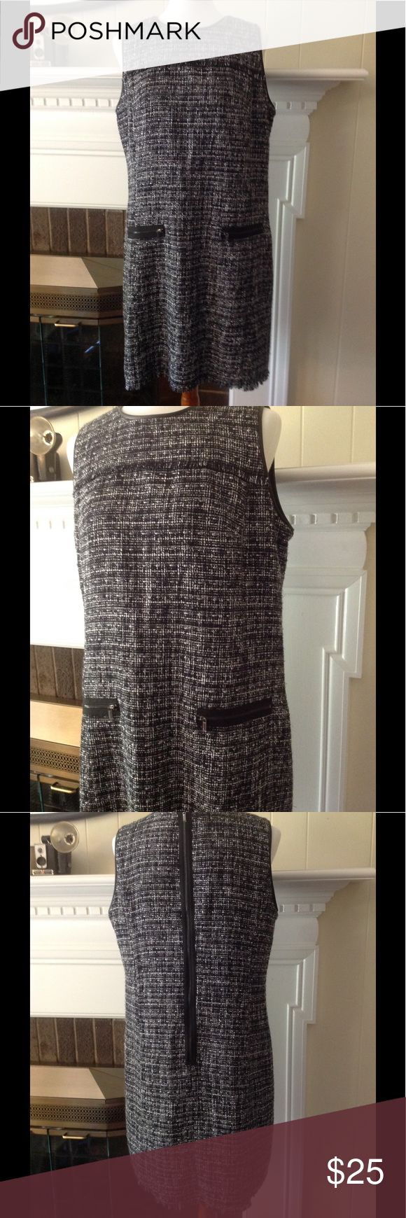 "Ann Taylor Tweed Dress Beautiful, black and white tweed, career, special occasion dress size 14. Great condition.  Flat measurements: armpit to armpit 19.5"", shoulder to bottom 36"". Please let me know if you have any questions. Ann Taylor Dresses"