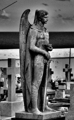 http://perangustaadaugusta.altervista.org/preghiera-san-michele-arcangelo-recidere-le-sofferenze/