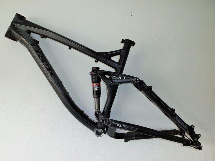 Hezký celoodpružený rám na můj projekt FULL MTB 26+ E-Bike.