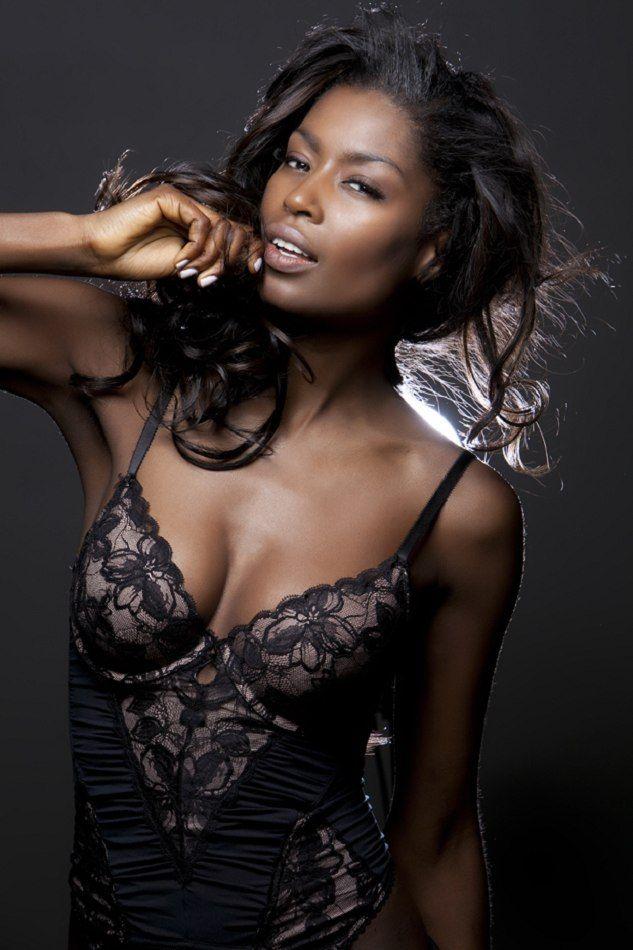 black beauty girl nude