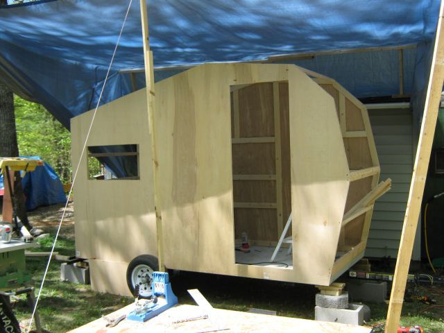 17 best images about diy camping trailers on pinterest for Small homes built on trailers