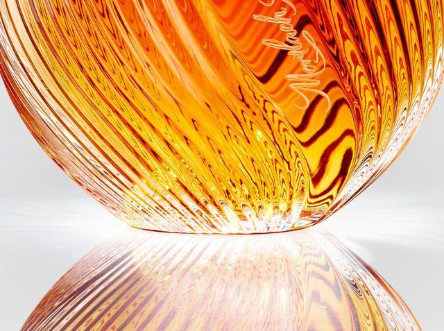 手工打造玻璃淚滴瓶,成就 75 年威士忌酒霸氣收藏 | 大人物