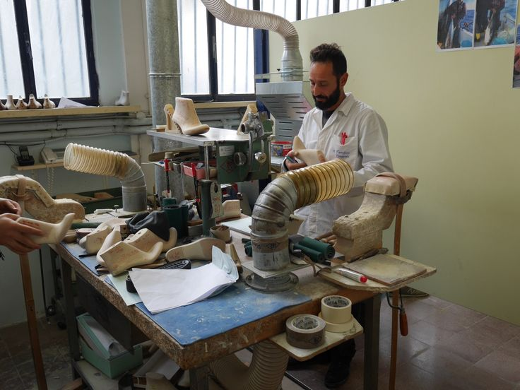 Shoe production in Italy - SS16