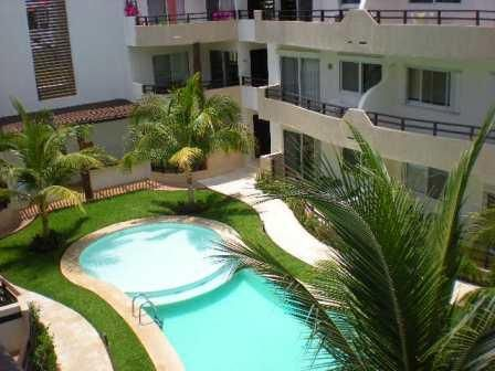 2-bedroom penthouse in downtown Playa, a quick walk from 5th Avenue