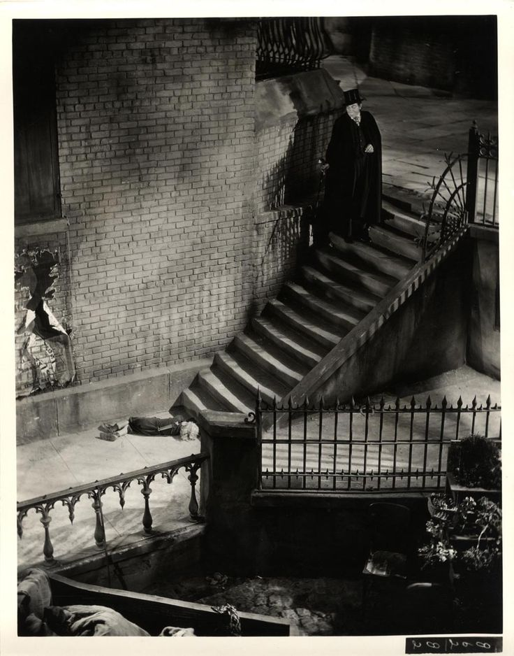 the child murder scene not included in the released version of DR.JEKYLL AND MR.HYDE (1932)