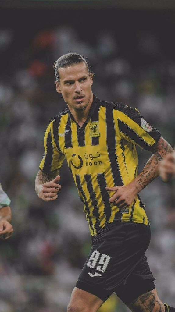 بريوفيتش Aleksandar Prijovic لاعب نادي الاتحاد السعودي Football Logo White Wallpaper For Iphone Photo Quotes