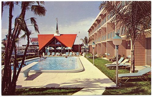 Howard johnson 39 s motor lodge and restaurant 11125 gulf for Fishing treasure island florida