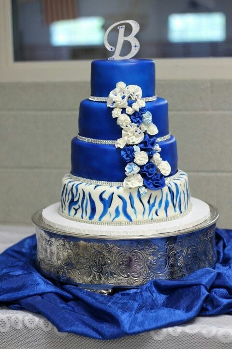 royal blue and black wedding cakes royal blue and zebra stripe wedding cake wedding cake 19344
