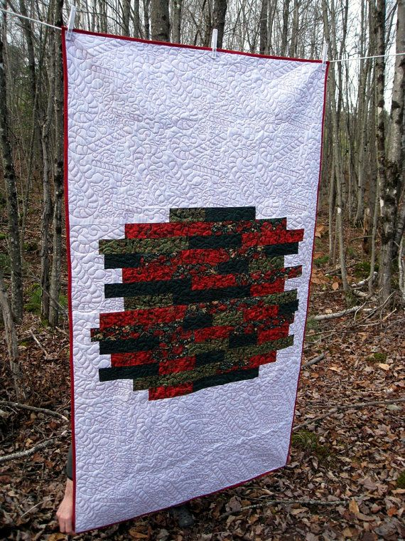 Modern christmas quilt with candy cane quilting modern quilt co