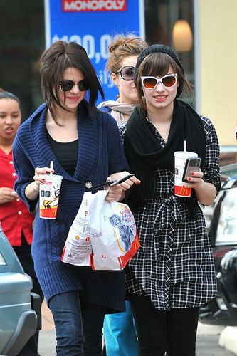 Selena Gomez/Gallery - Demi Lovato Wiki - Wikia