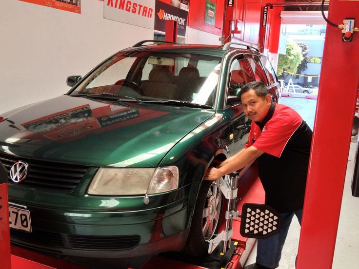 Conducting mechanical repairs on a vehicle in Auckland