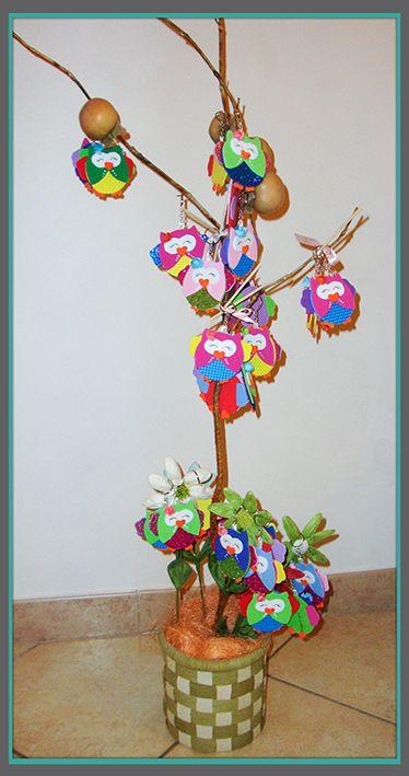 Come rendere ancora più allegra e colorata una festa di compleanno di bimbi? moltiplicando gli amici!!  Un gufetto-portachiavi per ogni piccolo invitato: un simpatico amico da potersi portare a casa!