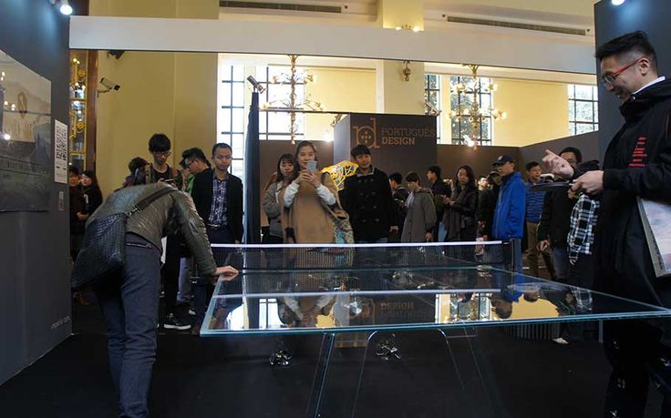 LUNGOLINEA ping pong table in Shanghai - supercool!