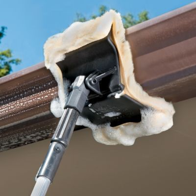 Gutter Cleaning Applicator - perfect for those homes near the lake that seem to get alot of dust and bugs!