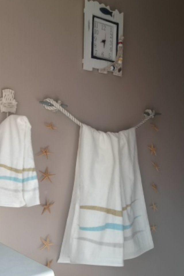 25 Best Ideas About Beach Towel Racks On Pinterest