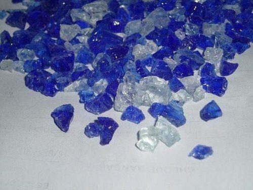 Piedras decorativas para jardines cristal triturado azul for Piedras decorativas para jardin