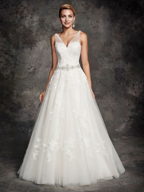 Wedding Gown ~ Ella Rosa BE254
