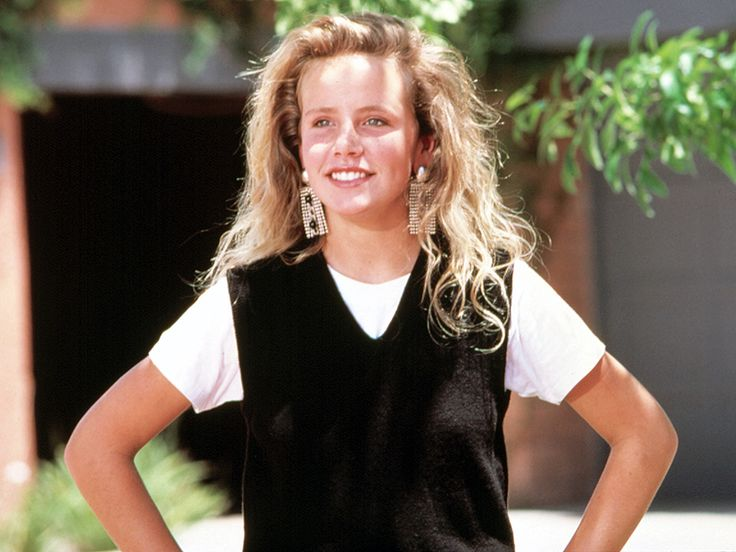 Can't Buy Me Love Star Amanda Peterson Died of an Accidental Drug Overdose: Report http://www.people.com/article/amanda-peterson-died-drug-overdose-cant-buy-me-love