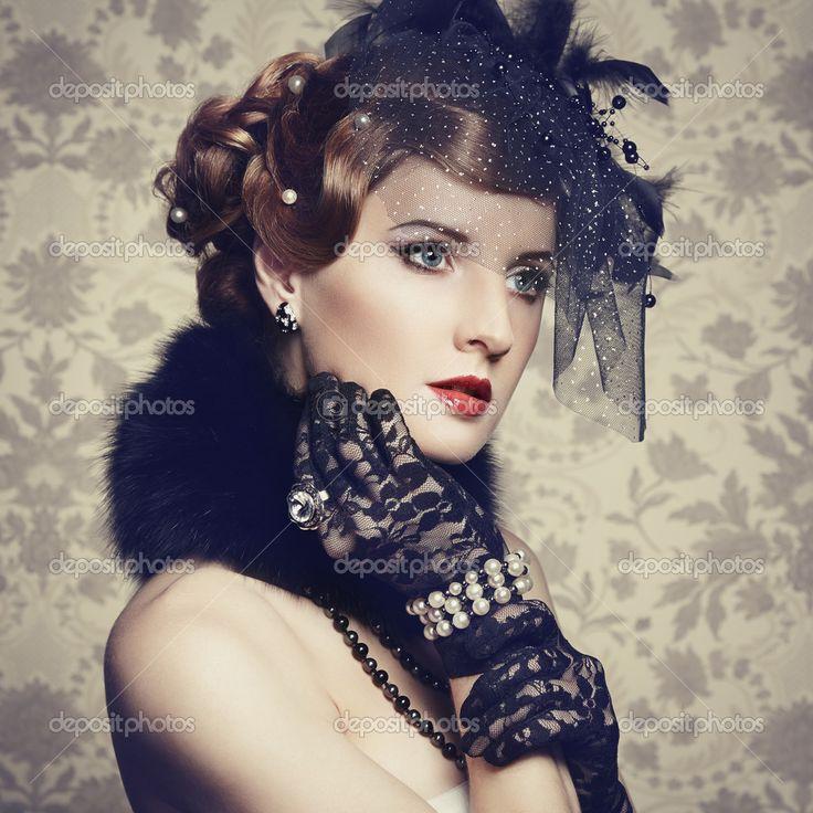 Retro portrait of beautiful woman. Vintage style — Stock Image #22177987