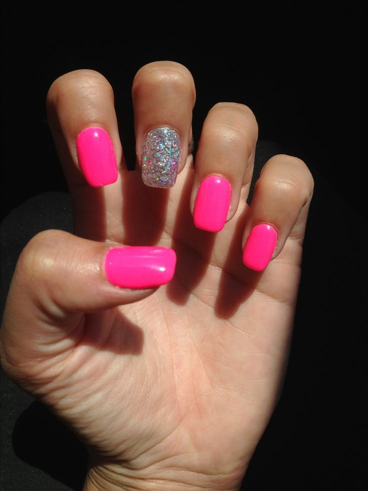 Ongles nails deco nails art rose fluo paillettes gris argenté